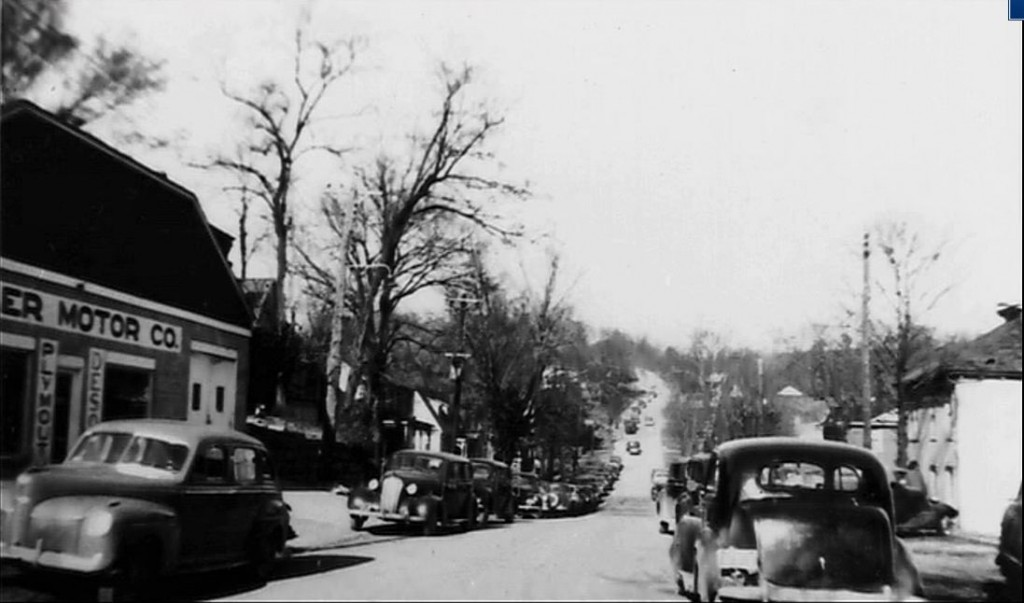 "Two towns long gone--Old Eddyville looking up the hill toward ""Pea Ridge"""