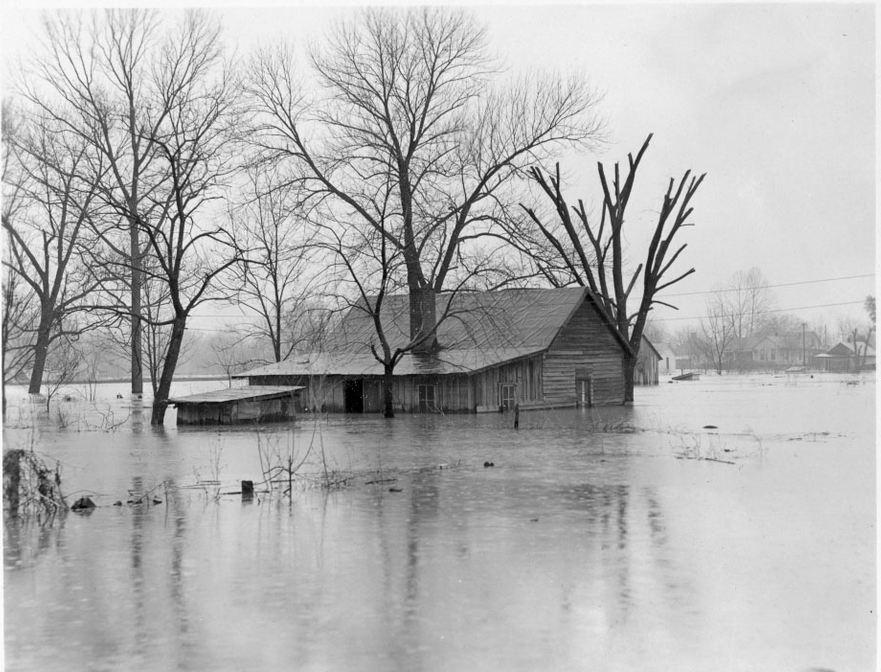 Kuttawa flooded
