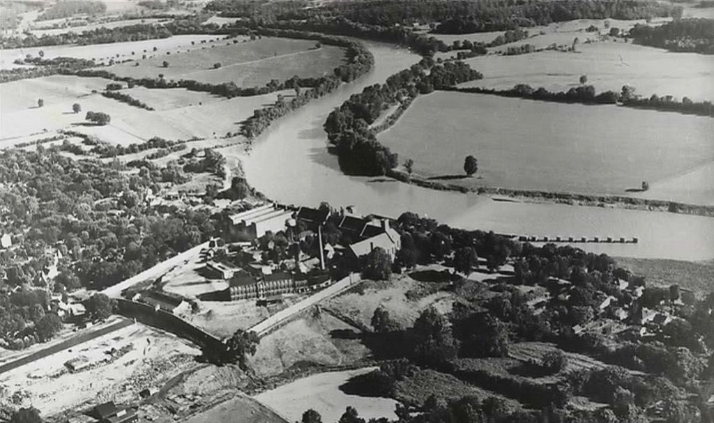 Old Eddyville aerial view before flood