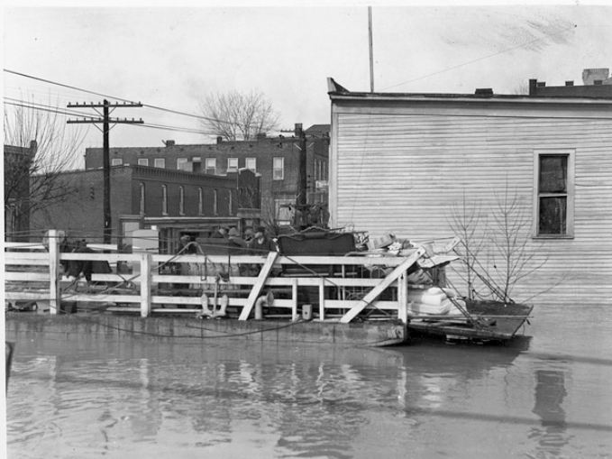 1937 flood Eddyville Ky Barnetts furniture store in foreground