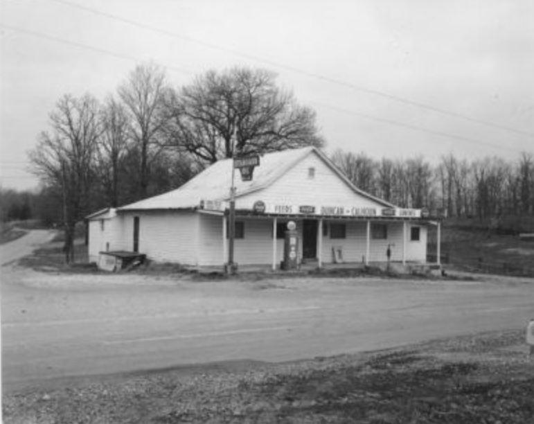 Long Gone Lyon County - Between the rivers - Calhoun Grocery