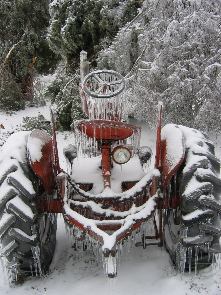 Dad's frozen tractor - January 2009