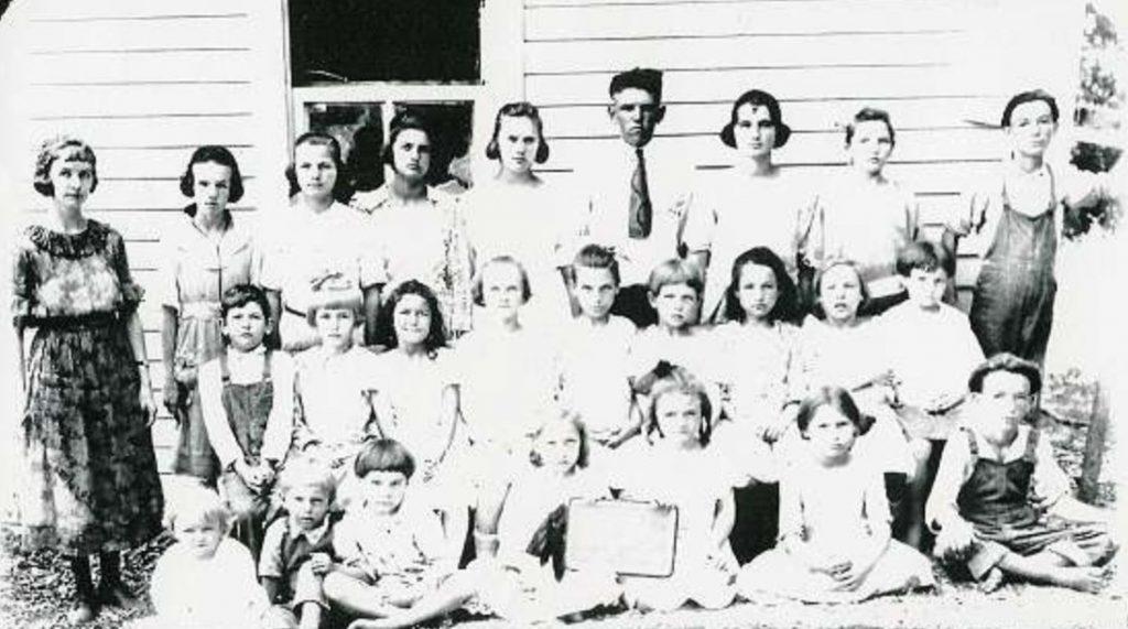 Wake School between the rivers 1921